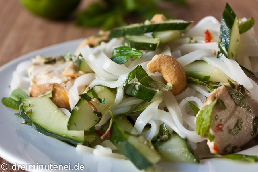 Asiatischer Reisnudel-Salat