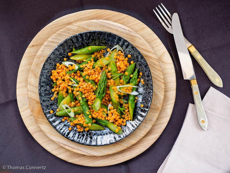 Grüner Spargel Salat Rote Linsen