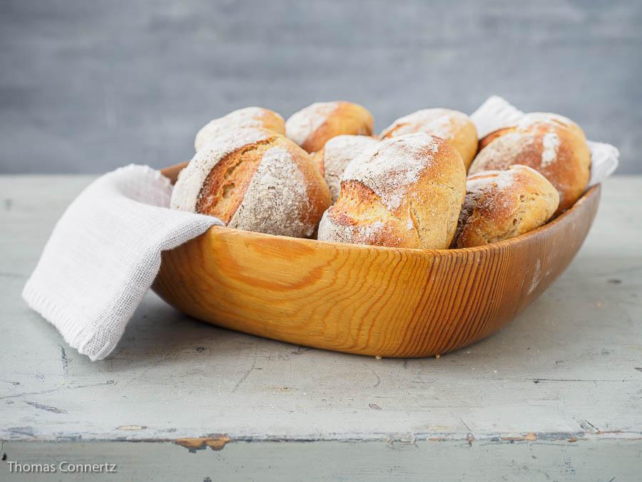 Kartoffel-Quark–Broetchen Schale