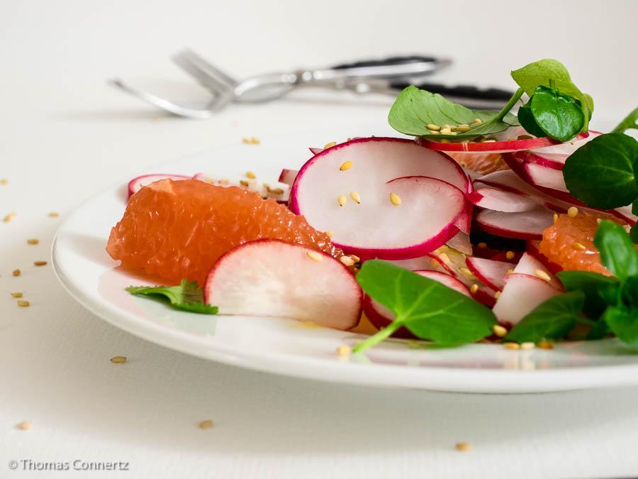 Radieschensalat mit Brunnenkresse und Grapefruit