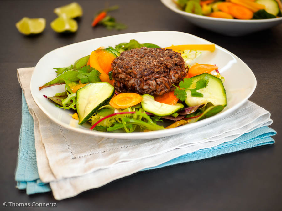 Roter Reis Küchlein Salat