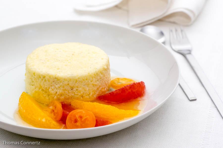 Topfensoufflé mit Orangen und Grapefruit