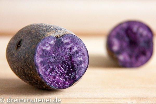 Violette blaue Kartoffeln
