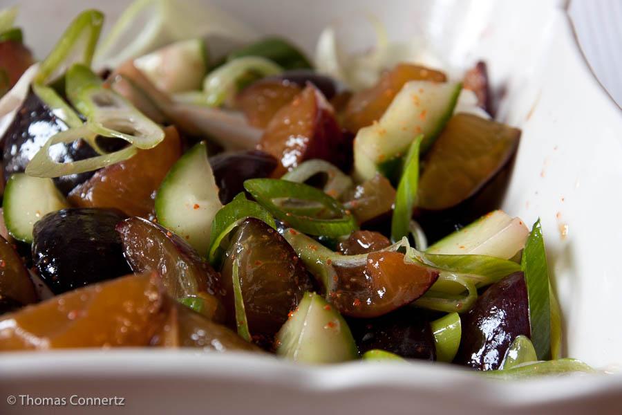 Zwetschgen-Gurken-Salat