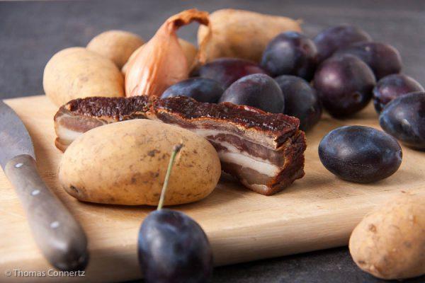 Kartoffeln Zwetschgen Speck